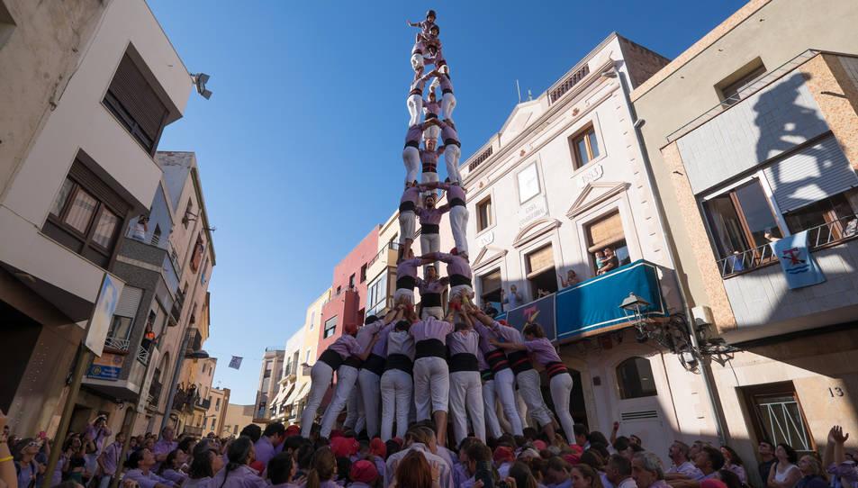 3de9 amb folre de la Colla Jove de Tarragona a diada de la festa major de La Canonja.