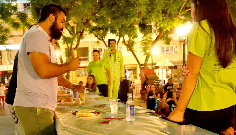 Magipicatapa de l'Associació Chargrossos de Tarragona dins les festes de Sant Magí 2017.