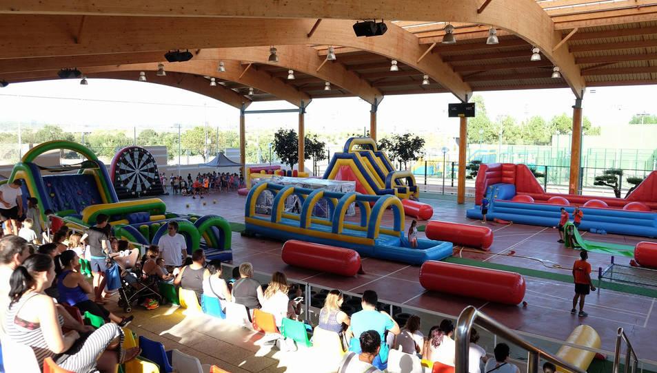 La gimcana d'Humor Amarillo va ser a la pista coberta del Complex Esportiu Municipal.