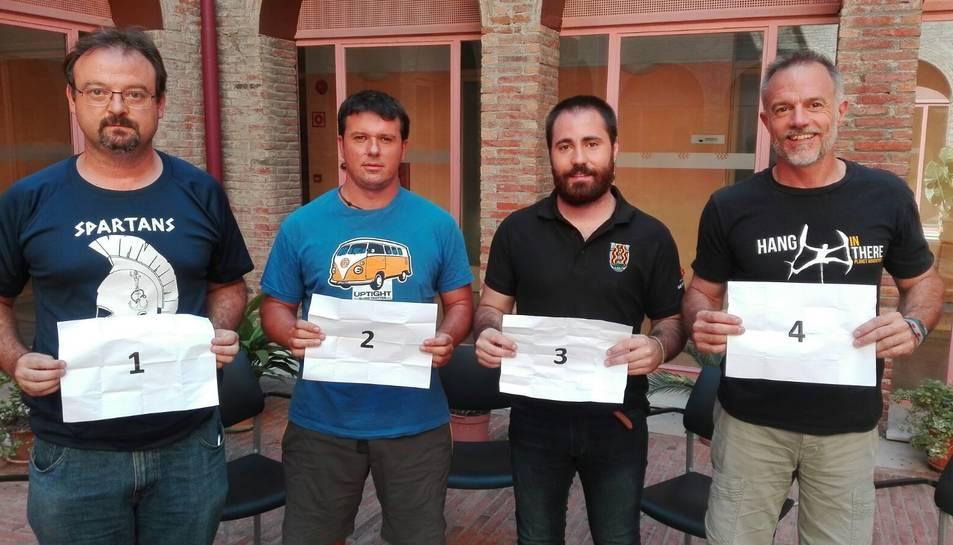 Els quatre caps de colla durant la gravació del programa de TAC12