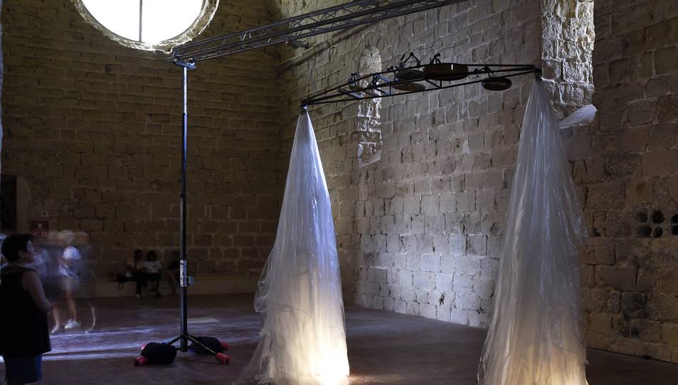 Mostra de l'exposició de l'artista Robert Lippok al Castell de Miravet.