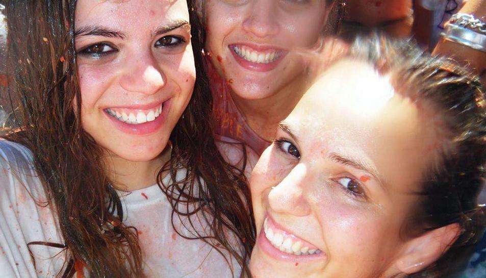 Una de les imatges que la noia de Miami ha fet arribar a Eva Casado de la festa de la Tomatina a la qual va assistir el 2010.