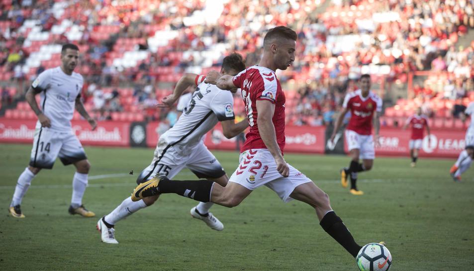 Omar Perdomo, durant el partit.