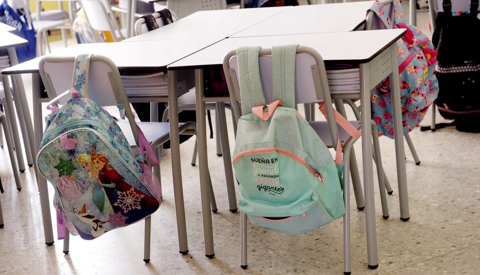 El proper dimarts dia 12 a les nou del matí, les aules de les escoles tornaran a omplir-se d'alumnes.