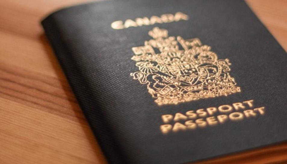 Els canadencs ja poden identificar-se com a home, dona o sexe indeterminat als seus passaports.