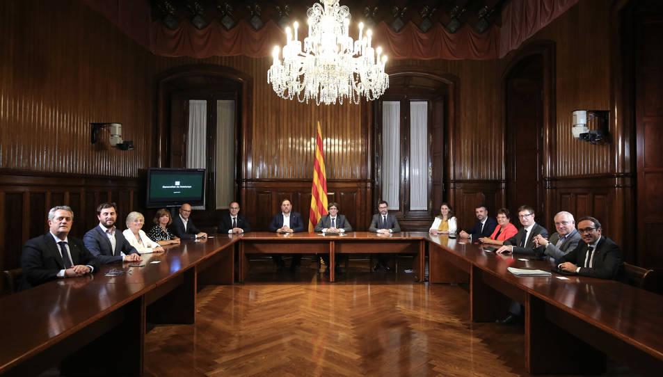 El Consell Executiu reunit al Parlament per signar el decret de convocatòria del referèndum de l'1-O.