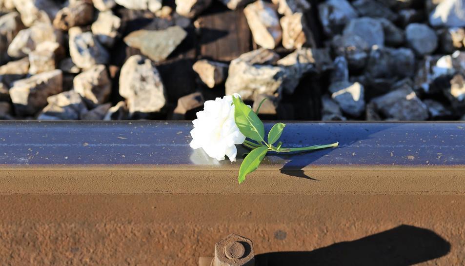 Els experts denuncien que el suicide és una tragèdia pràcticament invisible a Espanya.
