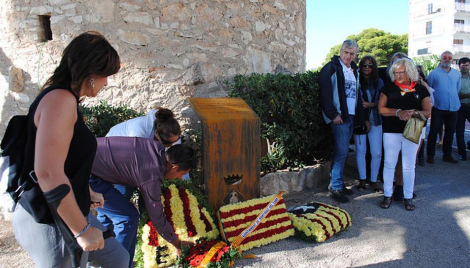 Enguany les ofrenes florals s'han realitzat a l'Església Vella de Mont-roig i al Torreó de Miami Platja.