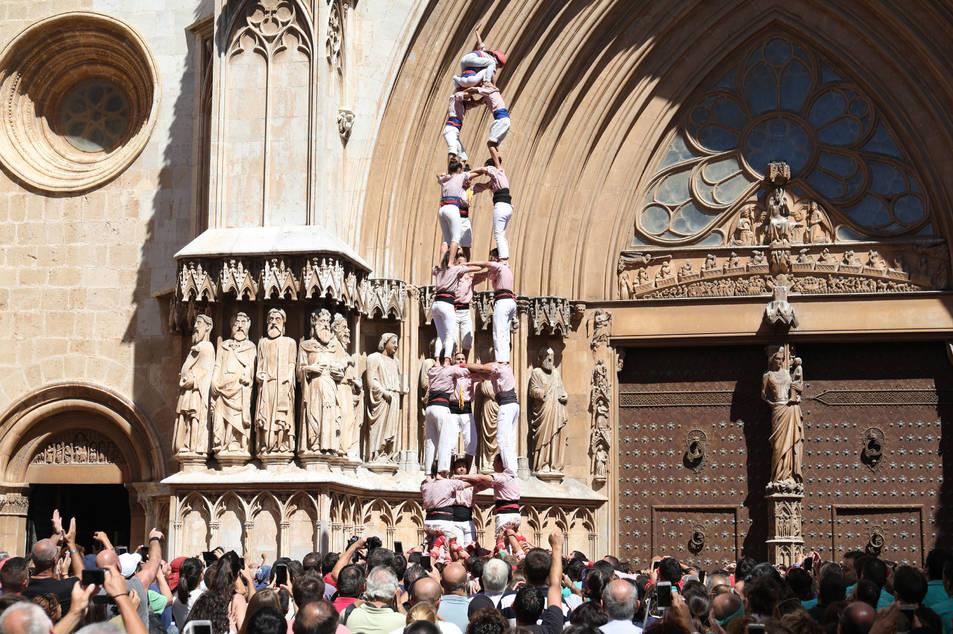 3de8 dels Xiquets de Tarragona a la diada de l'Onze de Setembre.