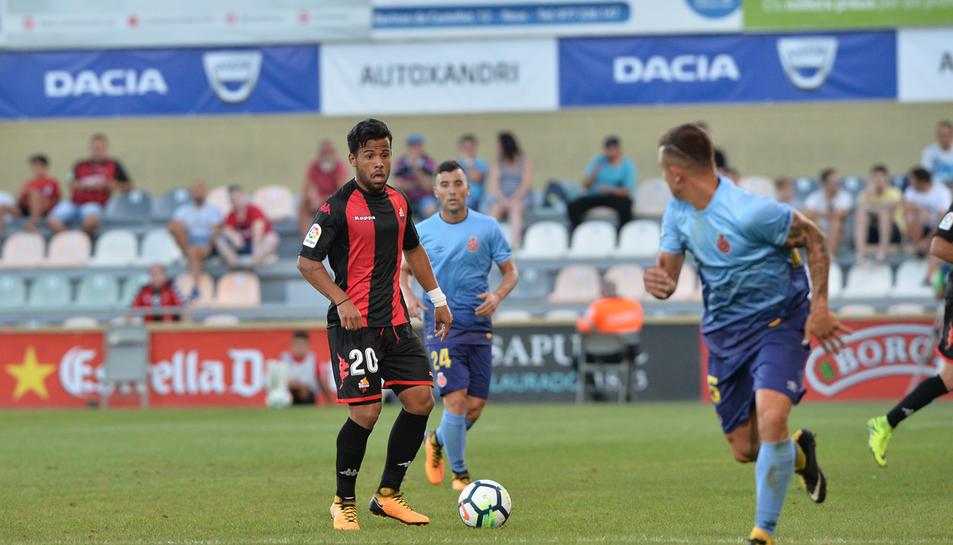 Gus Ledes en un moment del partit de pretemporada contra el Girona.