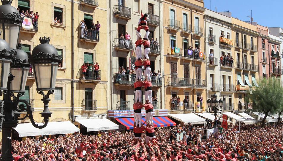 4de9sf de la Colla Vella dels Xiquets de Valls a la diada de Santa Tecla - El Primer Diumenge.