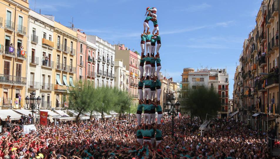 4de9sf dels Castellers de Vilafranca a la diada de Santa Tecla - El Primer Diumenge.