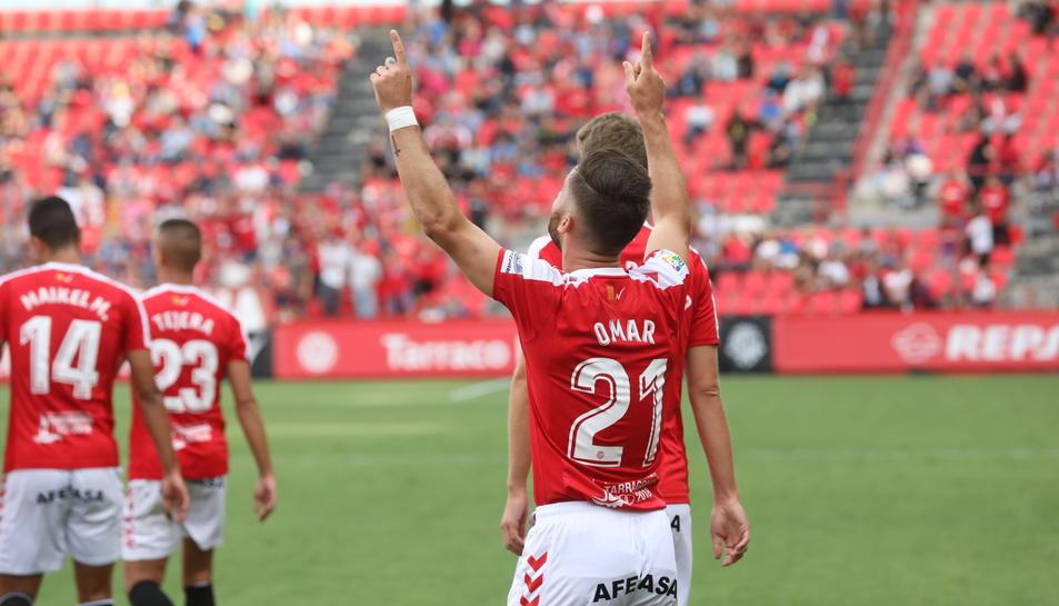 Omar, celebrant el seu gol.