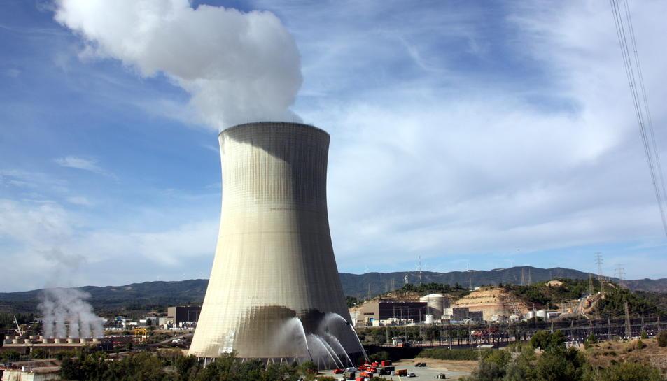 Imatge d'arxiu de la nuclear d'Ascó, una de les centrals que rebria empleats de Garoña.