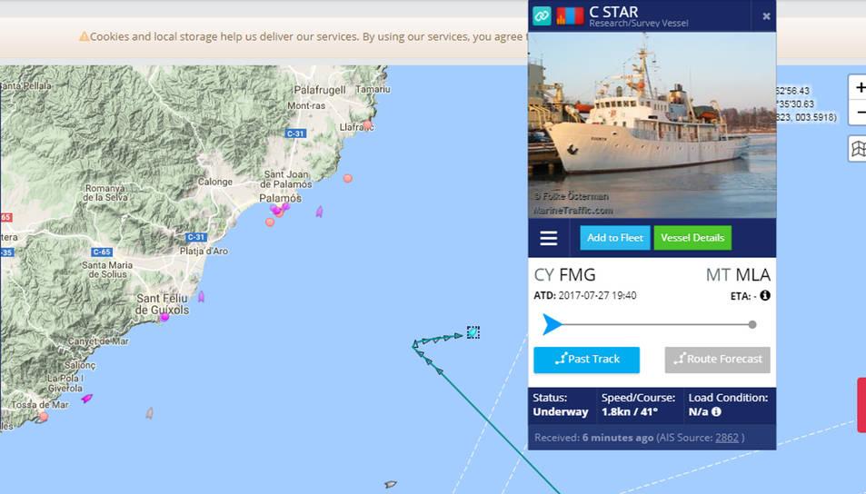 El vaixell ha estat tota la tarda davant el litoral de la Costa Brava.