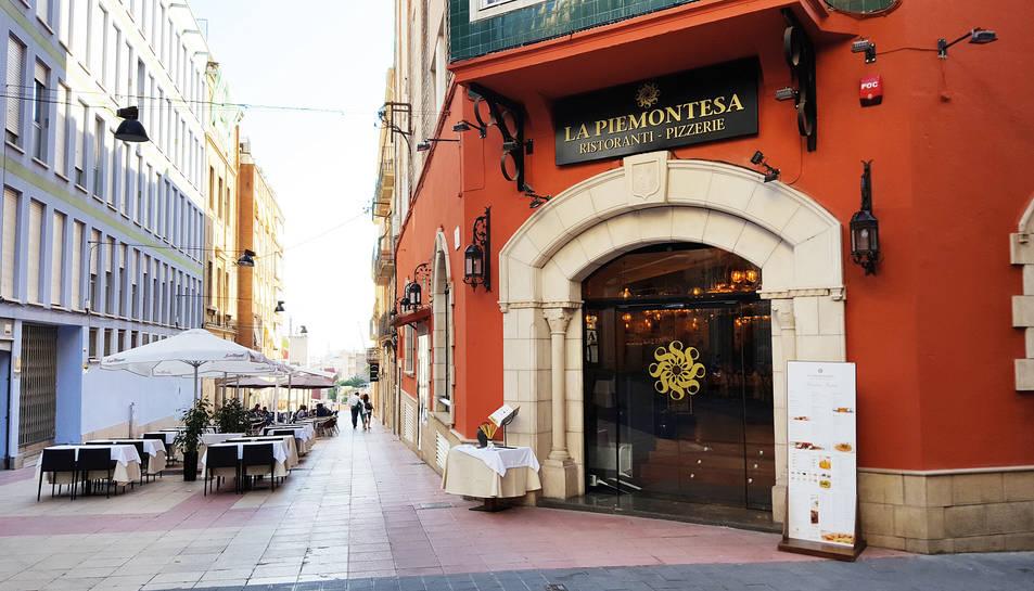 La façana del nou establiment de La Piemontesa, ubicat al carrer Méndez Núñez de Tarragona.
