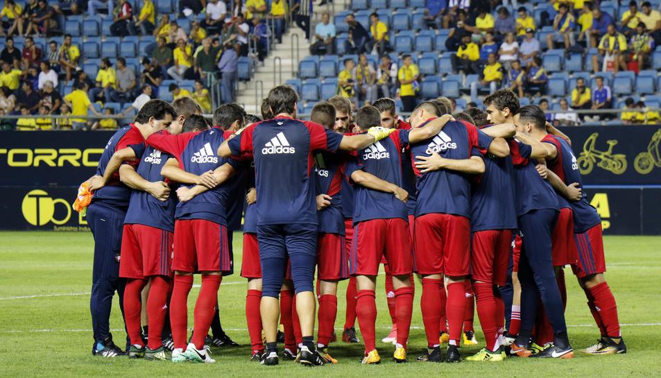 La plantilla de l'Osasuna, abans de l'eliminatòria copera d'ahir a casa del Cadis (1-0).