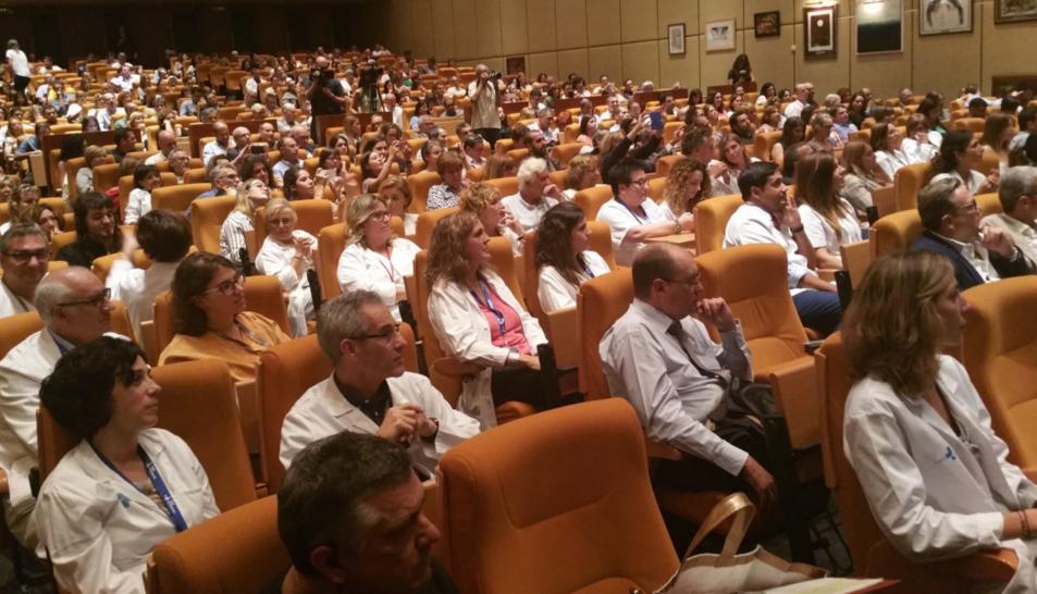 Els assistents a l'acte, que ha tingut lloc a l'hospital Vall d'Hebron.