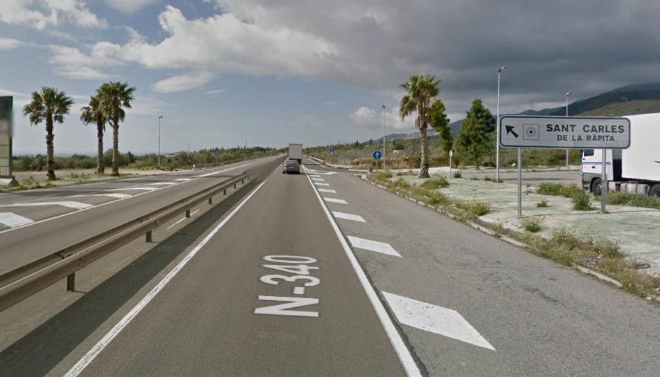 L'accident s'ha produït a la N-340 a l'alçada de Sant Carles de la Ràpita.