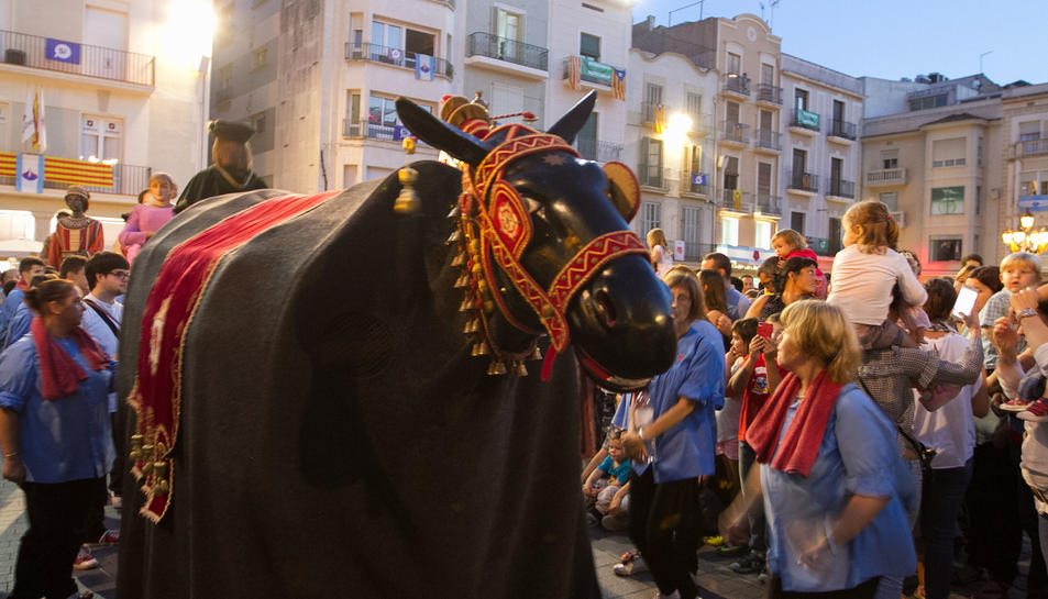La Mulassa balla, un cop a la plaça, per fer les delícies dels més petits aquest diumenge de Festa Major.