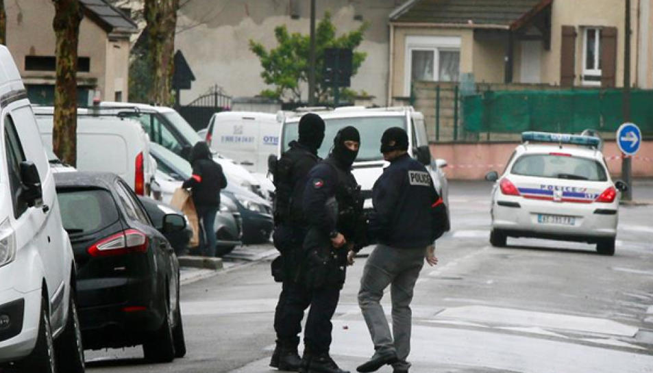 Agents de les Forces de Seguretat de Bèlgica en un moment de l'operació.