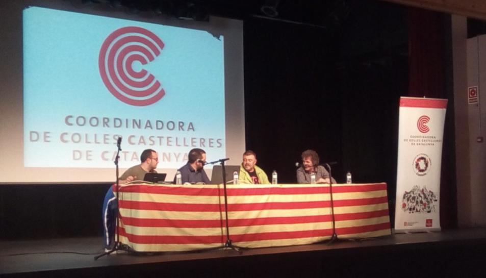 Imatge d'arxiu d'una reunió de la Coordinadora de Colles Castelleres de Catalunya.