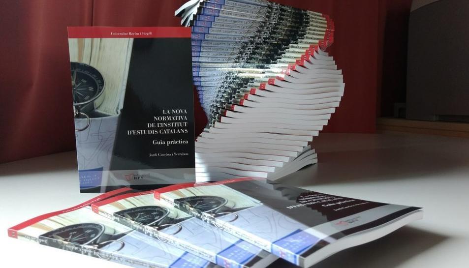 El llibre és de Publicacions URV.