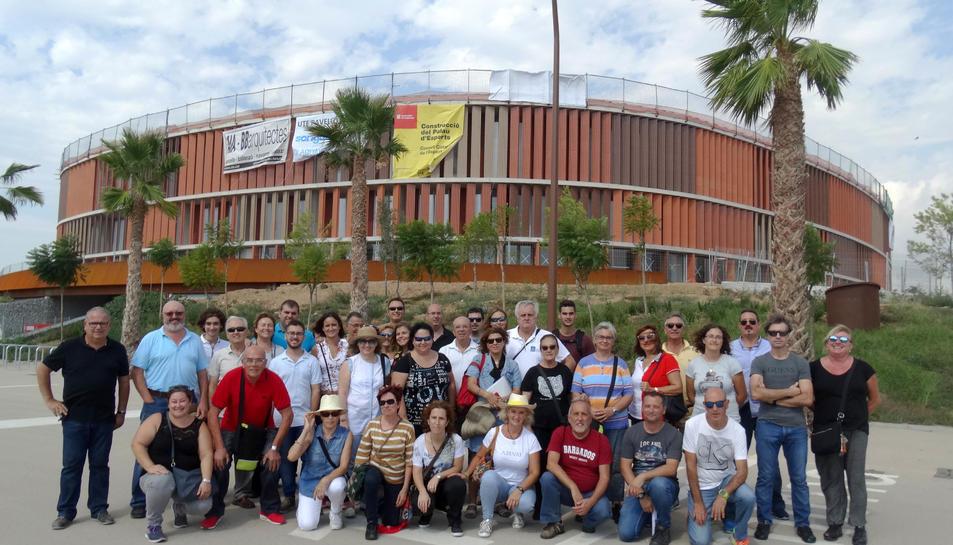 Foto de grup dels voluntaris que han visitat l'Anella Mediterrània aquest dimecres 27 de setembre.
