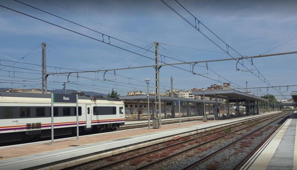 La incidència a la infraestructura ferroviària s'ha produït entre Reus i Pradell de la Teixeta.
