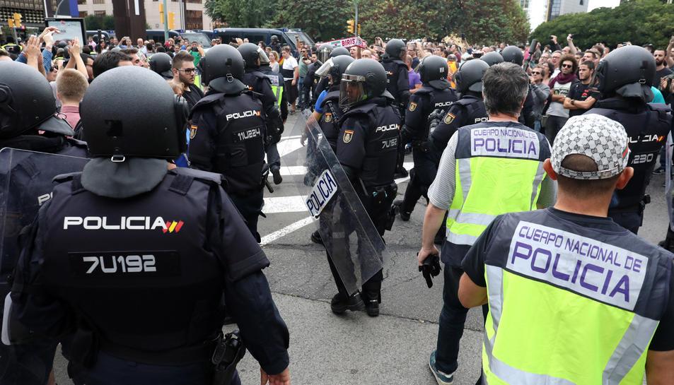 Imatge de les actuacions policials de l'1 d'octubre a Tarragona.