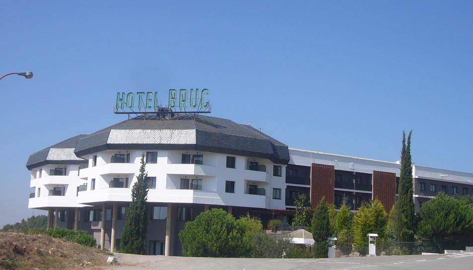 Façana de l'Hotel Bruc.