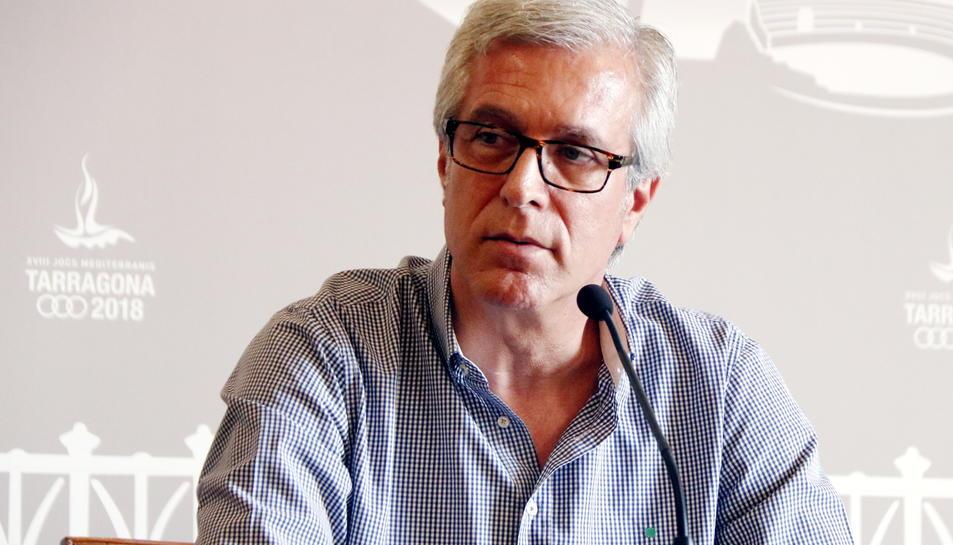 Pla mig de l'alcalde de Tarragona, Josep Fèlix Ballesteros, en roda de premsa a la sala d'actes de l'Ajuntament el 4 d'octubre del 2017