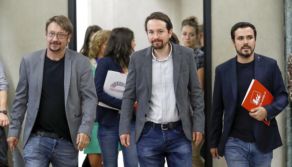 Xavier Domènech (En Comú Podem), Pablo Iglesias (Podemos) i Alberto Garzón (IU) aquest dimecres al Congrés dels Diputats.