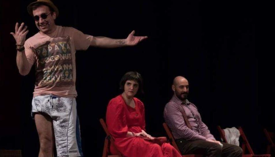 El Toni forma part de la companyia Teatre Didattico.
