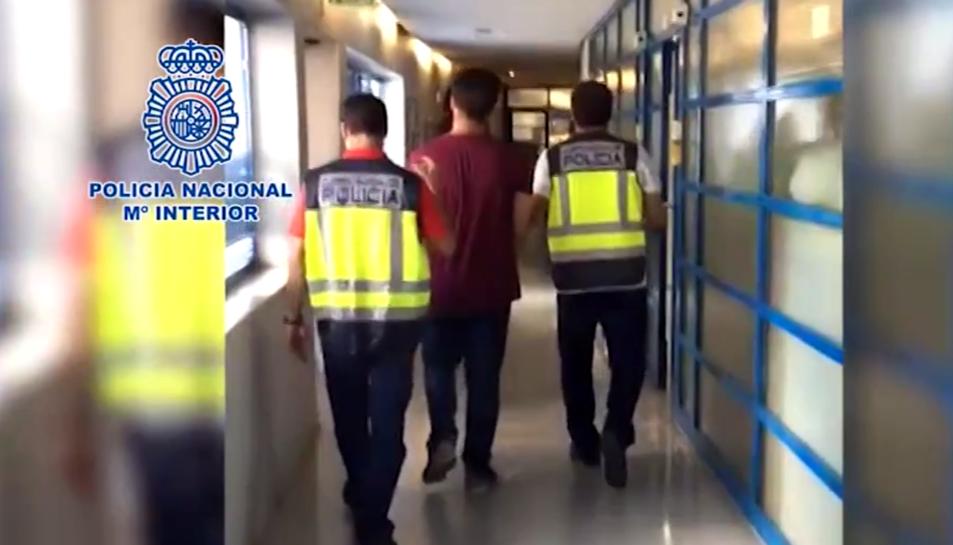 Imatge del moment de la detenció.