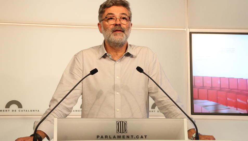 Imatge del diputat de la CUP Carles Riera al Parlament.