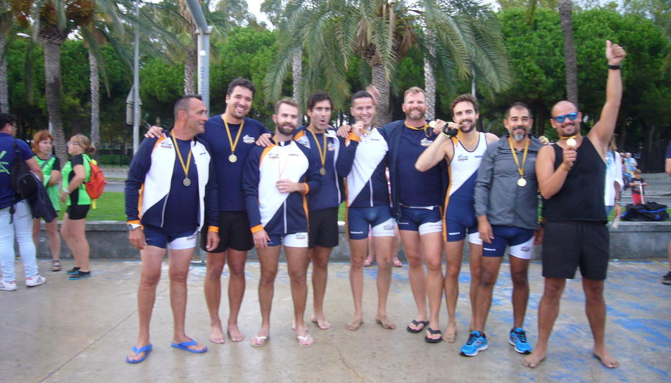 Imatge de la tripulació guanyadora, els Panteres Grogues / Cobi de Barcelona