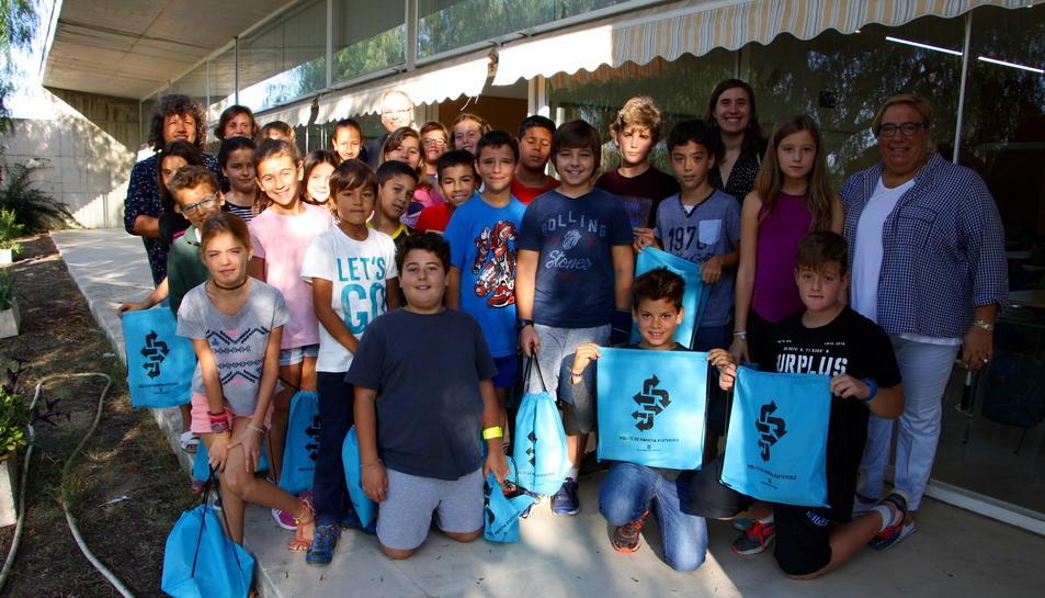 La classe de 5èB de La Portalada ha guanyat el guardó Semàfor Verd.