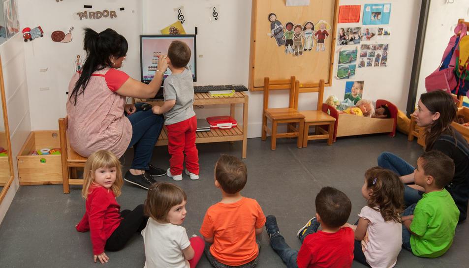 Infants a l'Escola Bressol El Marfull, en una imatge d'arxiu.