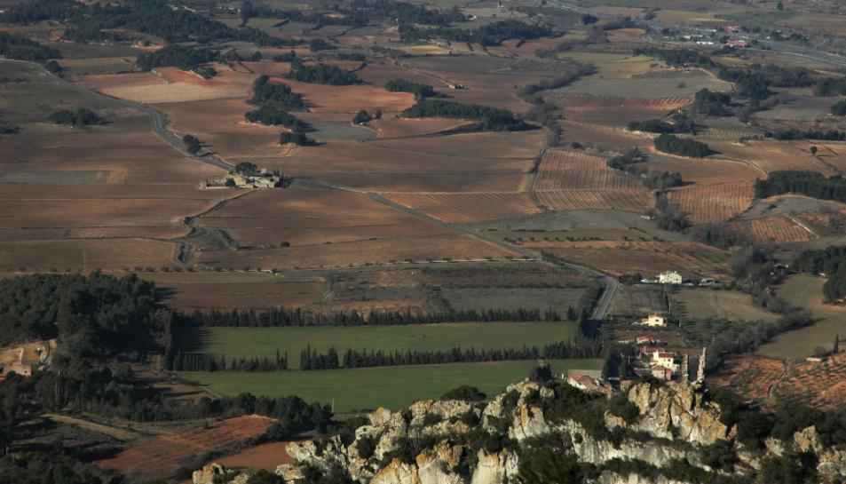 Una de les excursionistes ferides es va accidentar quan pujava al Castell de Prenafeta.