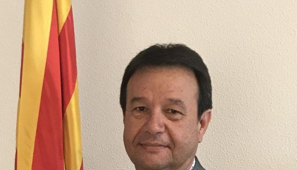 La CUP argumenta que el president de l'ens, el socialista Francesc Miró, va requisar els cartells que l'AMI havia enviat per al referèndum de l'1-O.