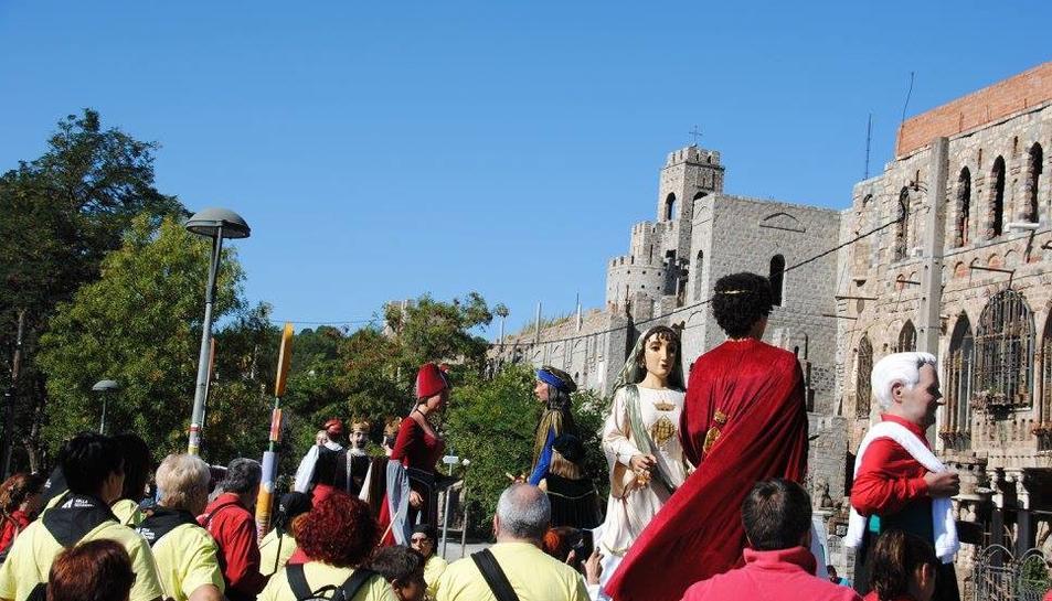 Els Amics dels Gegants de Montblanc van participar en una trobada a les Fonts.