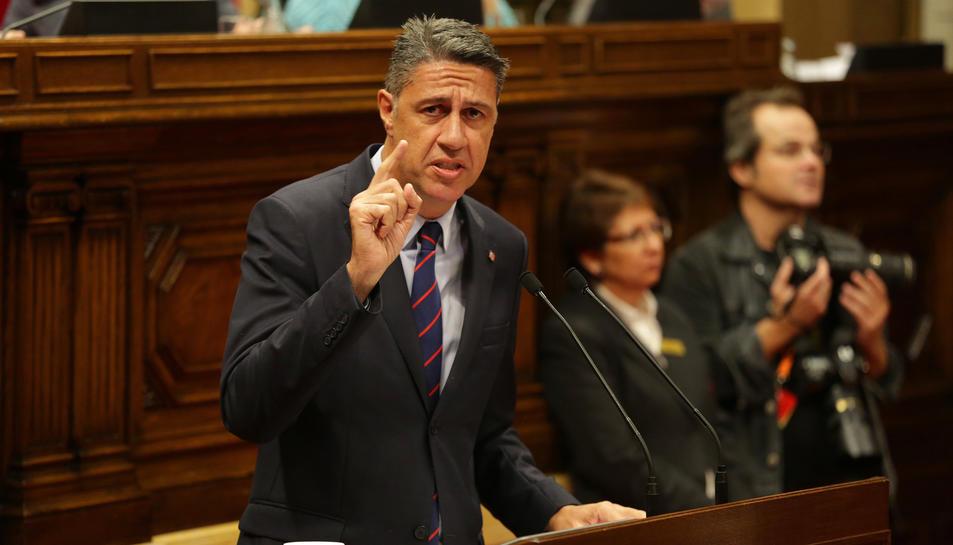 El president del PPC, Xavier Garcia Albiol, al Parlament durant la compareixença de Puigdemont, aquest 10 d'octubre.