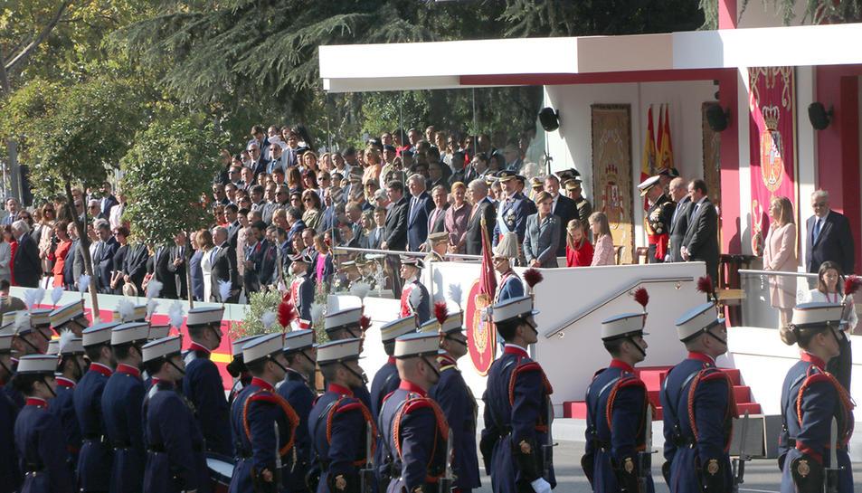 La desfilada ha estat presidida pel rei d?Espanya, Felip VI.