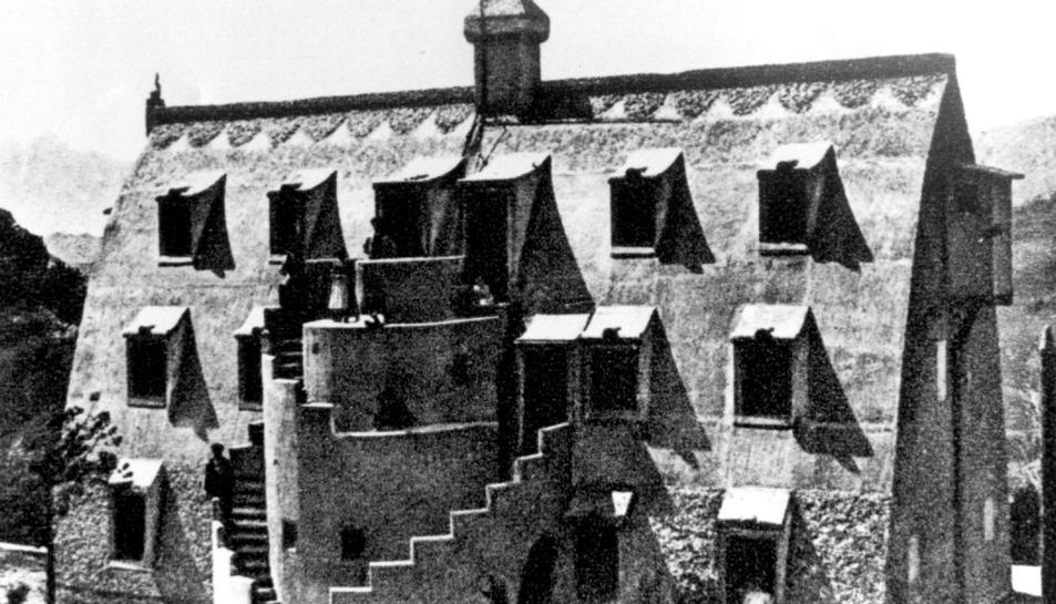 Imatge d'arxiu del Xalet de Catllaràs, obra d'Antoni Gaudí.