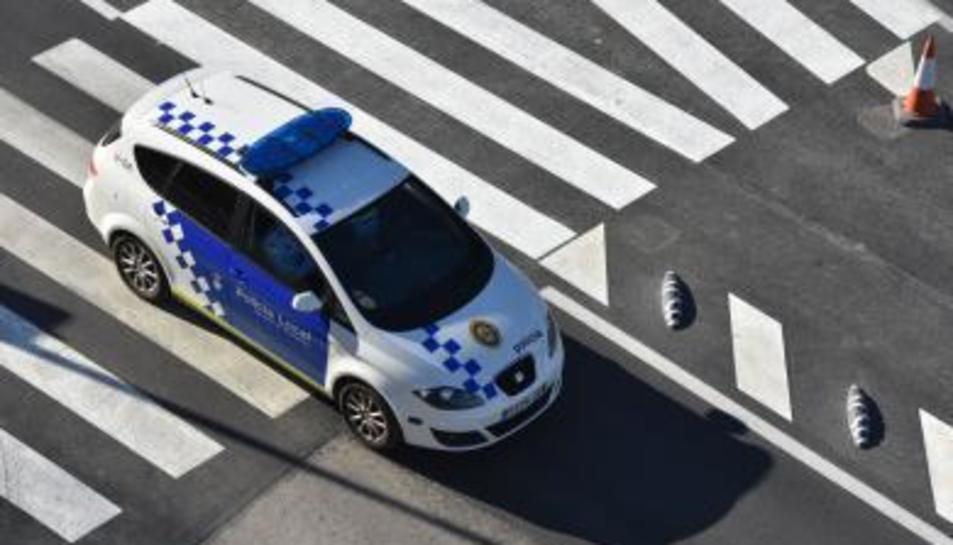 Imatge d'arxiu d'un cotxe de policia.