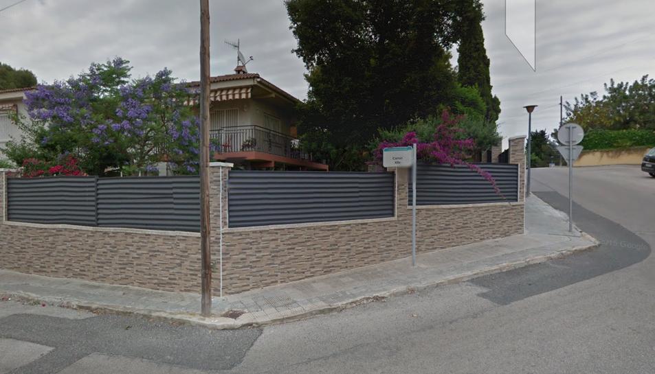 Els veïns proposen la reparació del paviment i la senyalització entre el carrer Xile amb Panamà.