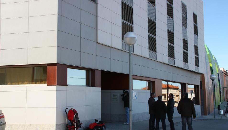 Façana exterior de la residència per a la gent gran de Batea.
