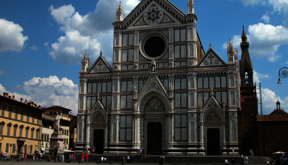 La plaça ha estat acordonada i la basílica ha quedat tancada al públic almenys fins aquest divendres.