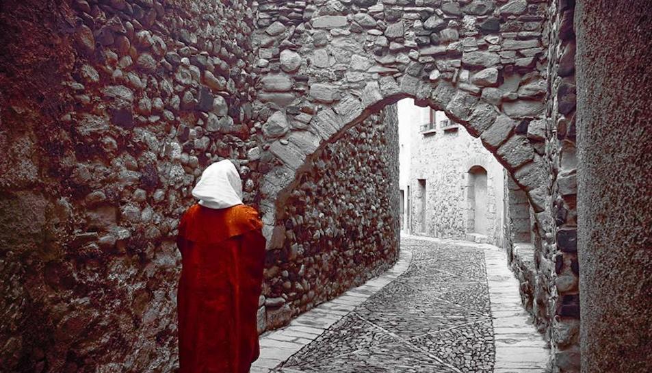 Ruta teatralitzada pels espais més medievals de Mon